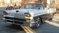 Ford Fairlane Skyliner 58