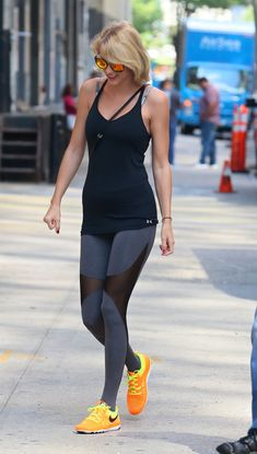 Taylor Swift in Spandex – Outside of Her Gym in New York 8/26/2016 25 http://celebmafia.com/wp-content/uploads/2016/08/taylor-swift-in-spandex-outside-of-her-gym-in-new-york-8-26-2016-25.jpg