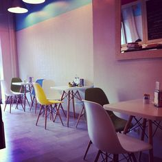 Oggi pranziamo in un posticino delizioso: Vintage Bakery - @valentina_grispo- #webstagram