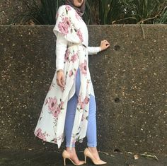 Long floral kimono with belt - check out: Esma <3