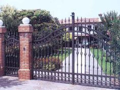 Porţi din fier forjat Iron Art, Gates, Big Ben, Projects To Try, Gardening, Building, House, Travel, Projects