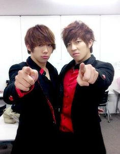 Hoon and SooHyun <3 Ukiss They've seen what you've done, and they do not approve. :P