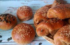 Magvas zsemle, magvas kifli teljes kiőrlésű lisztből Bagel, Hamburger, Food, Breads, Bread Rolls, Essen, Bread, Burgers, Meals
