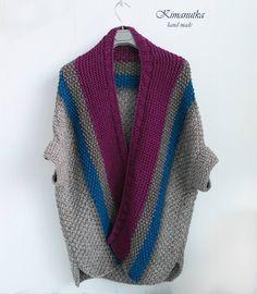 389 отметок «Нравится», 8 комментариев — Вязаные кардиганы и аксессуары (@kimanutka_wear) в Instagram: «Доброе утро!☕ Закрываем октябрь 🍇♥ Заказы принимаю на вторую половину января ❄..» Crochet Poncho, Knit Cardigan, Knitting Patterns, Crochet Patterns, Sweater Fashion, Crochet Clothes, Lana, Crochet Projects, Knitwear