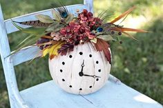 15 Thanksgiving Table Centerpieces and Halloween Decorating Ideas Inviting Cute Pumpkin Designs