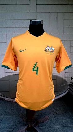 bb10056d420 AUSTRALIA 2006 WORLD CUP QUALIFICATION ROUND 16 LEGENDARY TIM CAHILL JERSEY  SOCCEROOS NIKE SHIRT LARGE Nike