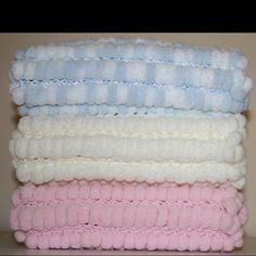 Knitting Pattern For Pom Pom Blanket : pom pom blankets on Pinterest Pom Poms, Blanket Patterns ...