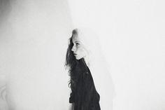 40 Creative Self Photography Ideas - UltraLinx