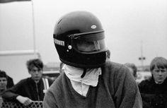 Dan Gurney, '68 Dutch GP; the first F1 driver to use a full-face helmet.