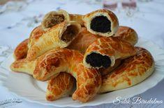 SÜTIK BIRODALMA: Pozsonyi kifli Hungarian Cake, Just Eat It, Bread And Pastries, Croissant, Doughnut, French Toast, Food And Drink, Sweets, Breakfast