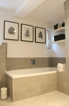 Das neue Badezimmer - Urban Jungle Oase Our own small Urban Jungle oasis with plenty of plants in po Bathroom Prints, Bathroom Spa, Modern Bathroom, Oasis, Manufactured Home Remodel, Basement House Plans, Decorating Small Spaces, Cheap Home Decor, Home Remodeling