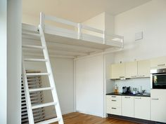 Bild 12: Hochbett / Hochetage mit Treppe