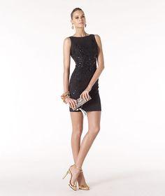 Pronovias präsentiert Ihnen das Modell Renna aus der Kollektion Festkleider 2014.   Pronovias