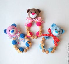 """Мишка - босые лапки"" грызунок-погремушка - грызунок,погремушка,можжевеловый… Crochet Baby Toys, Crochet Bear, Crochet Toys Patterns, Amigurumi Patterns, Crochet Animals, Stuffed Toys Patterns, Baby Knitting, Crochet Gifts, Crochet Accessories"