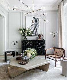 World exclusive: inside the home designed by Princess Beatrice's fiancé, Edo Mapelli Mozzi - Vogue Australia Living Room Inspiration, Interior Inspiration, Living Room Interior, Living Room Decor, Ceiling Light Living Room, Bedroom Decor, Vogue Living, Interiores Design, Cheap Home Decor