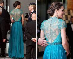 """Kate Middleton Olympics Dress Les épaules !!"""
