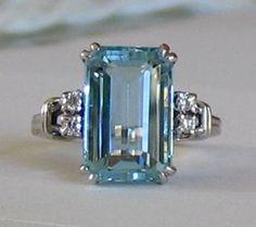 Una piedra tan valiosa como la Esmeralda y menos conocida. La aguamarina. Siempre me ha encantado.