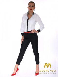 Trendy slimkové nohavice s vyšším pásom  ktorý krásne zvýrazni vaše ženské krivky. Nohavice sú ušite s veľmi pohodlného materiál a slim fit stri si získa každú ženu. Tento model je možné kombinovať k rôznym blúzkam, sakám ktoré takisto môžete nájsť na našej stránke. Z prednej a zadnej strany sú vrecká falošné. Možnosť šitia užšieho alebo volnejšieho stihu, ak máte nejaké otázky neváhajte nás kontaktovať.