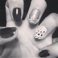 #nails #new #style #opi #bright #diy #do #it #yourself #black #and #white #blackandwhite #random #cool #awesome #amazing #girl #girls #lady #beauty #beautiful #nice #cute #hand #fingers #thing #like4like #followback #followme #me #bored #free #time #vacations