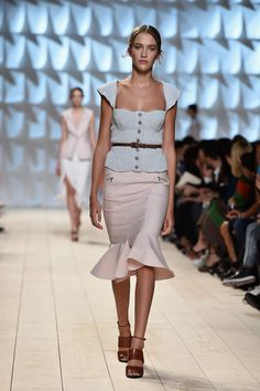 Paris Fashion Week SS 2015: Desfile de Nina Ricci
