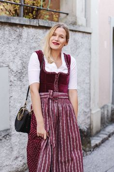 Red Velvet Dirndl von Almsach by tifmys Mango Bags, German Women, Fashion Blogs, Red Velvet, Chloe, Leather Jacket, Boots, Jackets, Outfits