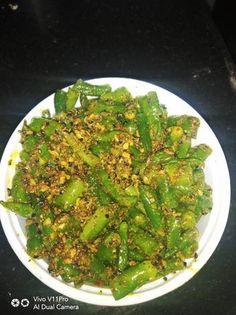 Chilli Pickle Recipe, Green Chilli Pickle, Chilli Recipes, Nigella Seeds, Mustard Oil, Pickles, Asparagus, Green Beans, Great Recipes