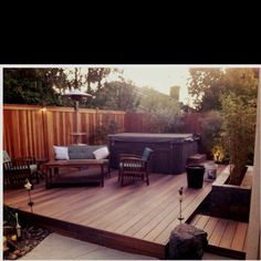 Deck & Landscape by Panjia Outdoor Living.