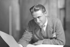 F Scott Fitzgerald American short-story writer and novelist. Scott Fitzgerald is known for his turbulent personal life and his famous novel The Great Gatsby. F Scott Fitzgerald, Writers And Poets, The Great Gatsby, John Masefield, American Shorts, Story Writer, Thing 1, Before Us, Book Authors