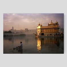 TEMPLE D'OR D'AMRITSAR by François Fontaine at Short Hills YellowKorner $595   23.62x35.43'' on Aluminum