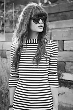Stripe dress and beach hair Street Chic, Street Style, High Fashion, Fashion Show, She's A Lady, Parisian Chic, Material Girls, Apparel Design, What To Wear