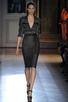 Roland Mouret RTW Spring 2012... I wish I were the right shape to wear this high-wasted pencil skirts