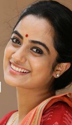 Indian Photoshoot, South Indian Actress Hot, Indian Girls Images, Actress Pics, Dark Beauty, Indian Actresses, Beauty Women, Beautiful Women, Girl Face