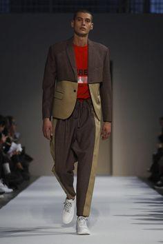Yoshio Kubo Fashion Show Menswear Collection Fall Winter 2018 in Milan