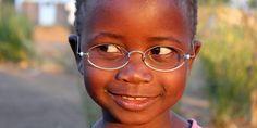 Lentes de un dólar: tecnología solidaria para los más necesitados