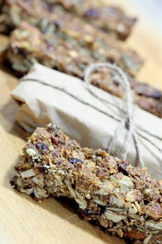 nodde_bar Paleo Granola Bars, Crunchy Granola, Muesli, Dried Fruit, Lchf, Pecan, Protein, Diet, Chocolate