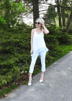 Summer style, white tank with ruffle, white cropped denim, white heels, aviators, pretty outfit, tiaras and heels blog