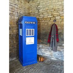 where can i Buy a tardis bookcase display book shelf blue Phone box for sale, replica cabinet police box that's handmade Dr who office cupboard shop online Uk