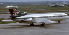 Piergiuliano Chesi. CC BY-SA.3.0 A British Airways Hawker Siddeley Trident in transitional scheme with BEA livery but with British Airways titles.