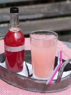 """Rhabarber-Vanille-Sirup, Rezept gespeichert unter """"Rhabarber-Vanille-Sirup"""""""