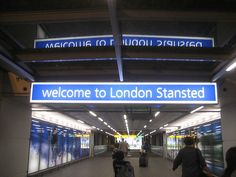 London Stansted Airport (STN), UK - avg. WiFi client satisfaction rank 4/10. Avg. download 1.52 Mbps, avg. upload 3.44 Mbps. rottenwifi.com