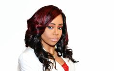 Gynesis the Global Ambassador of Protective Styling. She is known for her famous Gbraids that looks so much like extensions. Get TreeBraids, Sewins plus more.