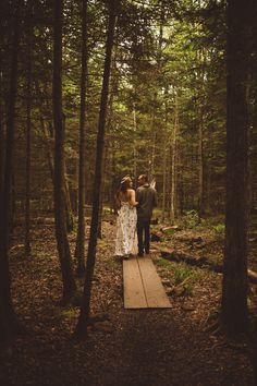 Romantic Woodsy Engagement Session, Northern Wisconsin, Bayfield, Ethereal, Destination Elopement, Simply Gypsy Events, Narrowleaf Photography, Saffron and Grey Couture Floral Design