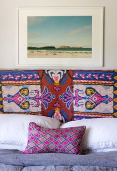 Home of Amber Lewis. Great color and pattern on Morrocan wedding blanket!