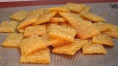 Gluten Free Cheez-It Crackers. Recipe uses a gluten free flour mix.I would need to replace that, but these look fun! Gluten Free Cheez Its, Gluten Free Crackers, Gluten Free Treats, Gluten Free Baking, Dairy Free Recipes, Real Food Recipes, Snack Recipes, Cooking Recipes, Yummy Food