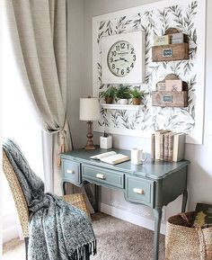 31 Stunning Home Office Decor Ideas You Definitely Like - These days, its not unusual for most houses to have a home office. Your home office is just as much in need of nice decor as any other area in your h. Home Office Space, Home Office Design, Home Office Decor, Office Furniture, Office Designs, Office Nook, Small Office Decor, Office Style, Rustic Office Decor