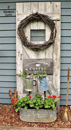 Re-Arranging the Junk Garden Planters - Diy Garden Decor İdeas Garden Junk, Garden Yard Ideas, Garden Doors, Diy Garden Projects, Garden Crafts, Garden Planters, Garden Art, Garden Design, Country Garden Ideas