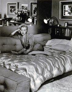 marilyn monro, bed read, beauti peopl, 247 marilyn