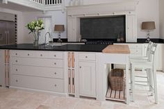 Ideas For Kitchen Island Angled Lamps Best Picture For narrow kitchen island For Your Taste You Kitchen Furniture, Kitchen Interior, Cool Furniture, Kitchen Design, Kitchen Decor, Kitchen Ideas, Furniture Movers, Classic Furniture, Kitchen Styling