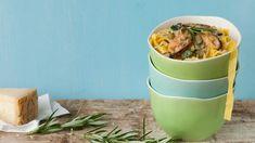 Pasta met mosselen en courgette   VTM Koken  BRUNE tableware by Serax