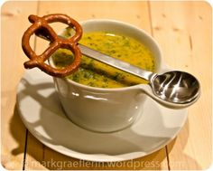 Spitzwegerich-Karotten Suppe Cheeseburger Chowder, Soup Recipes, Macaroni And Cheese, Herbs, Meat, Cooking, Ethnic Recipes, Currys, Diabetes